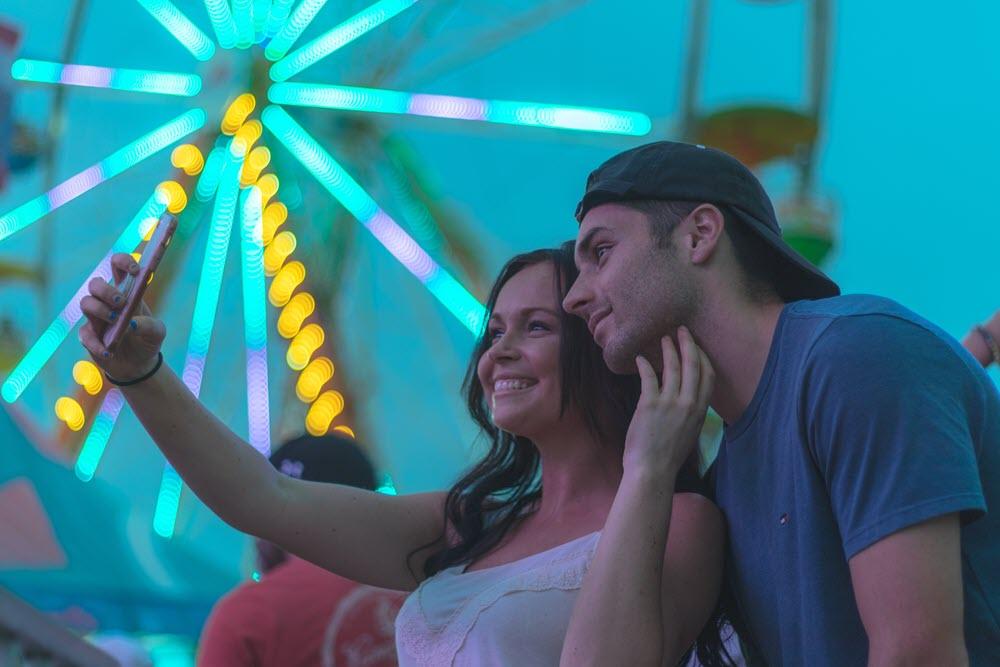 selficide selfie addiction