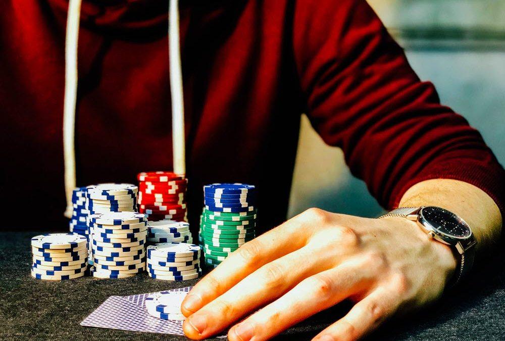 Gambling Addiction: Risk Factors, Signs, and Treatment